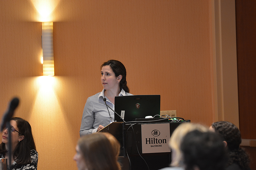 UW-CTRI Researcher Madeline Oguss presentsat SRNT in Baltimore. She discussed research findings comparing fax referrals to electronic referrals for tobacco treatment.